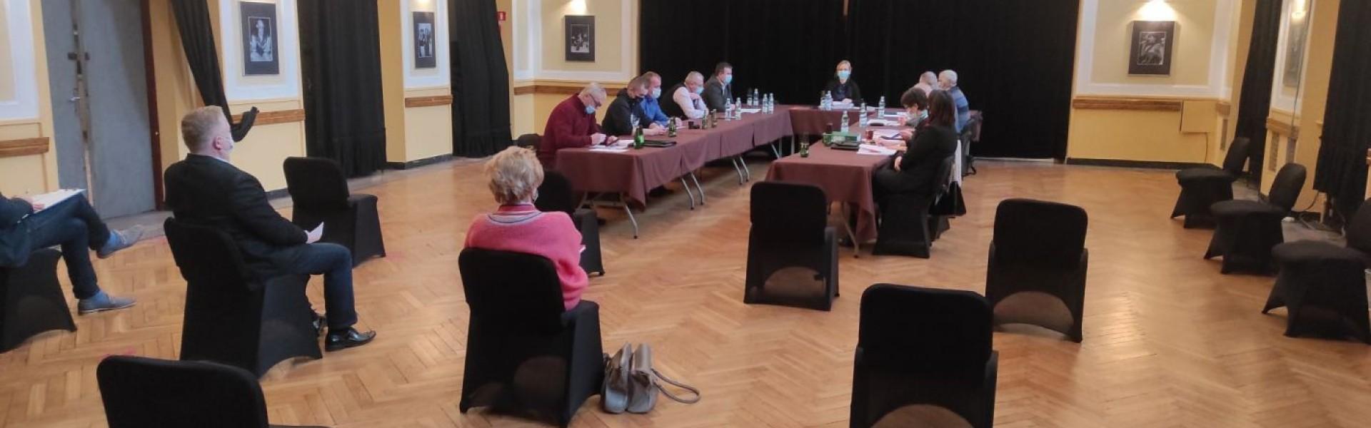 Radni przeciwko projektowi burmistrza. Komisja infrastruktury bez decyzji w sprawie budżetu na 2021 r.