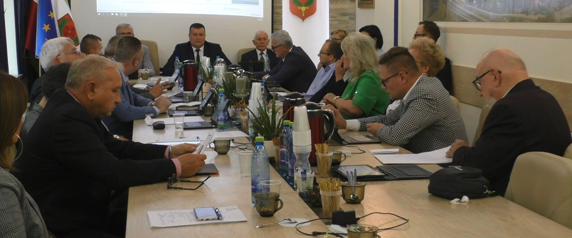 Głosowanie projektów uchwał oraz informacja burmistrza z prac pomiędzy sesjami i kilka słów o Porozumieniu dla Pionek