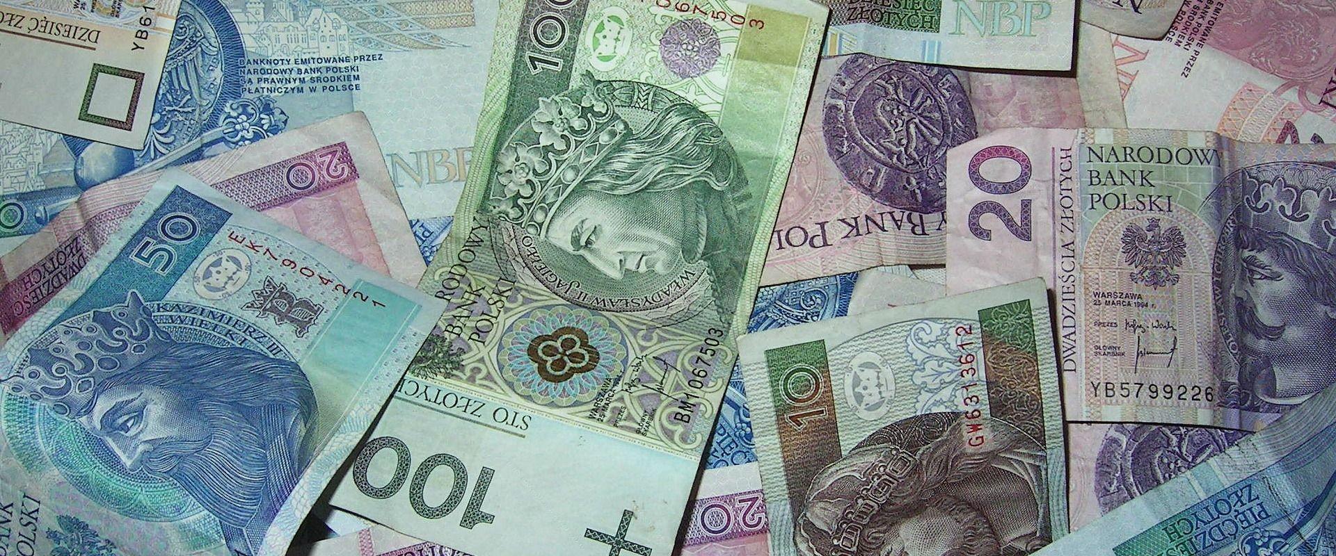 Komisja rewizyjna zbada koszty i wydatki. Miasto pozwane do sądu o niezapłacone faktury