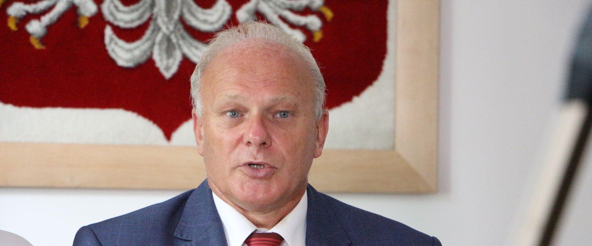 Wojewoda unieważnia zarządzenie burmistrza – złamał prawo