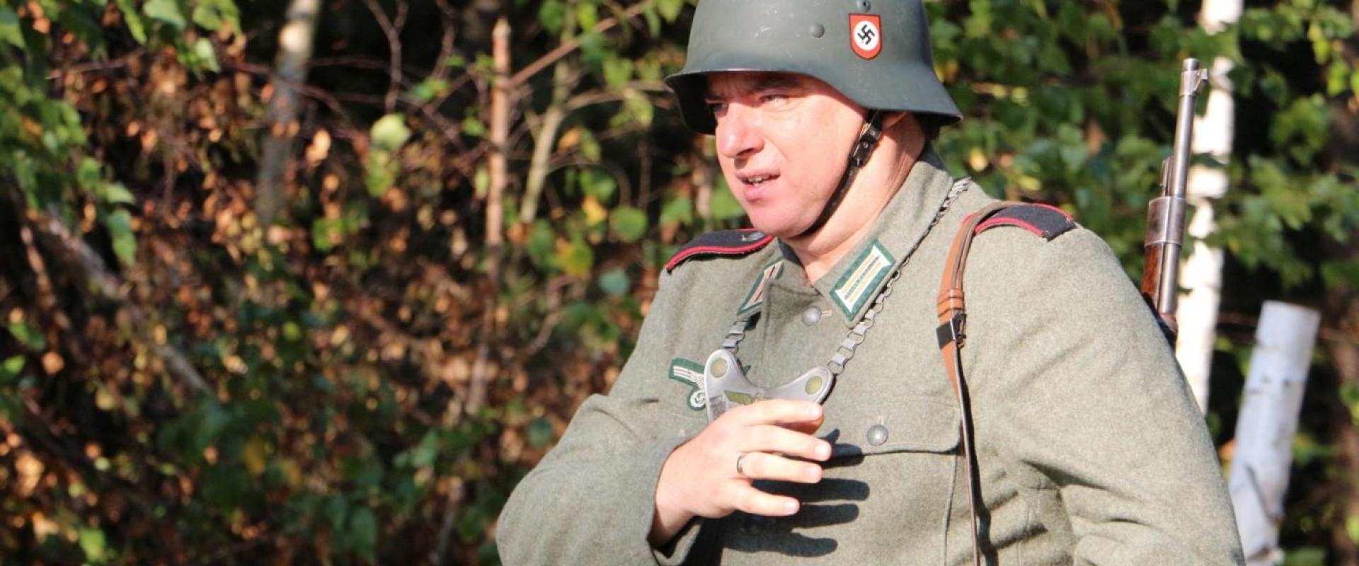 Kierownik Wyroślak będzie znów toczył II wojnę światową