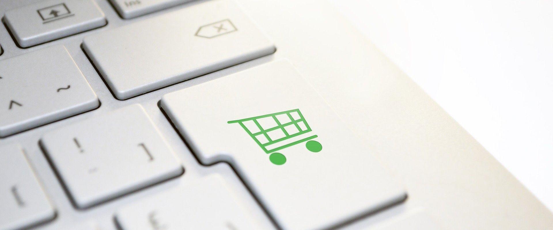 Pandemia zachęca do zakupów w Internecie. Warto zadbać, aby były bezpieczne