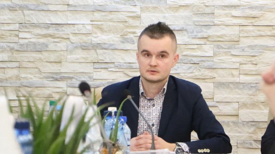 Poranna komisja radnego Panufnika o szkole muzycznej, saunarium i kosztach wydziału sportu