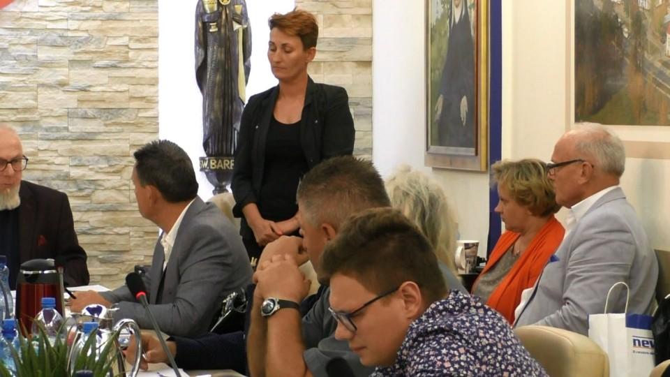Przewodnicząca Rady Rodziców PSP1 wywołała popłoch na sesji RM
