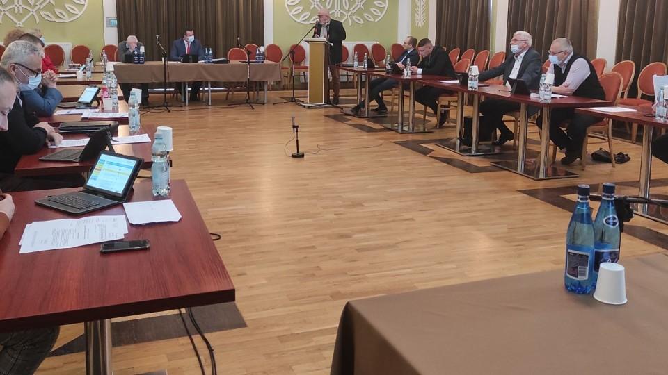 Rada przyjęła rezygnacje – zmiany w składach komisji. Bez trudnych pytań nie ma ciekawej dyskusji