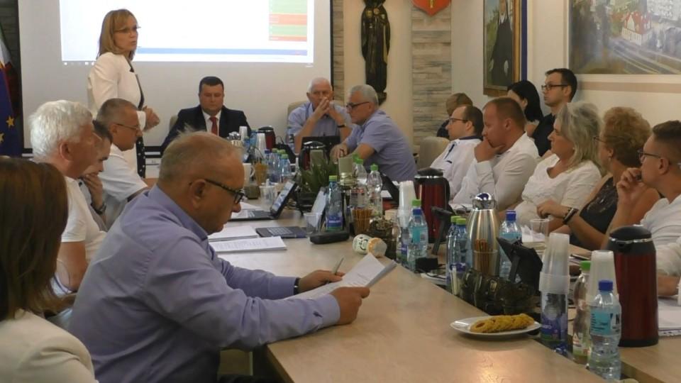 Kowalczyk do Maślanka: Nie po to jadę do przodu żeby się cofać – gorąca dyskusja o spornej działce przy ul. Wspólnej