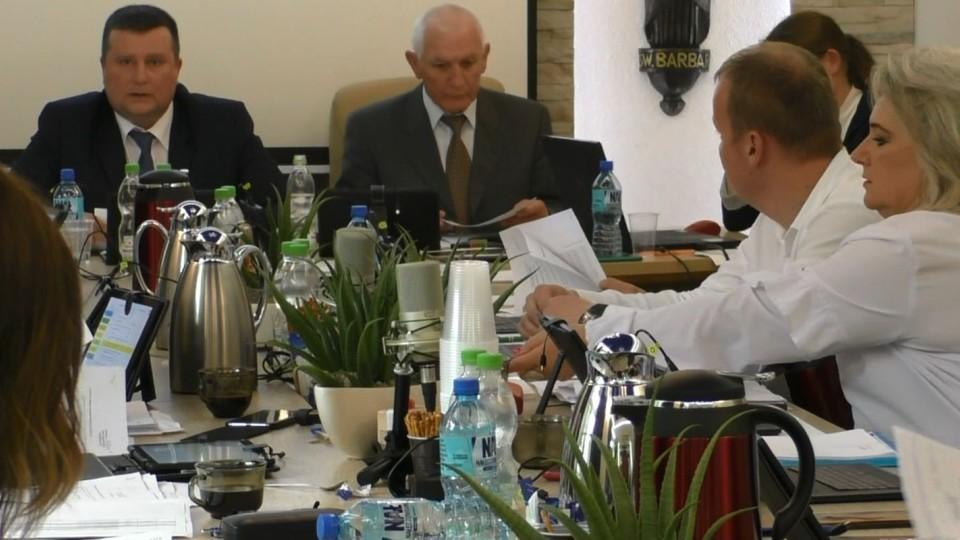 Wiceburmistrz wycofała projekt uchwały w sprawie przebudowy ul. Fabrycznej