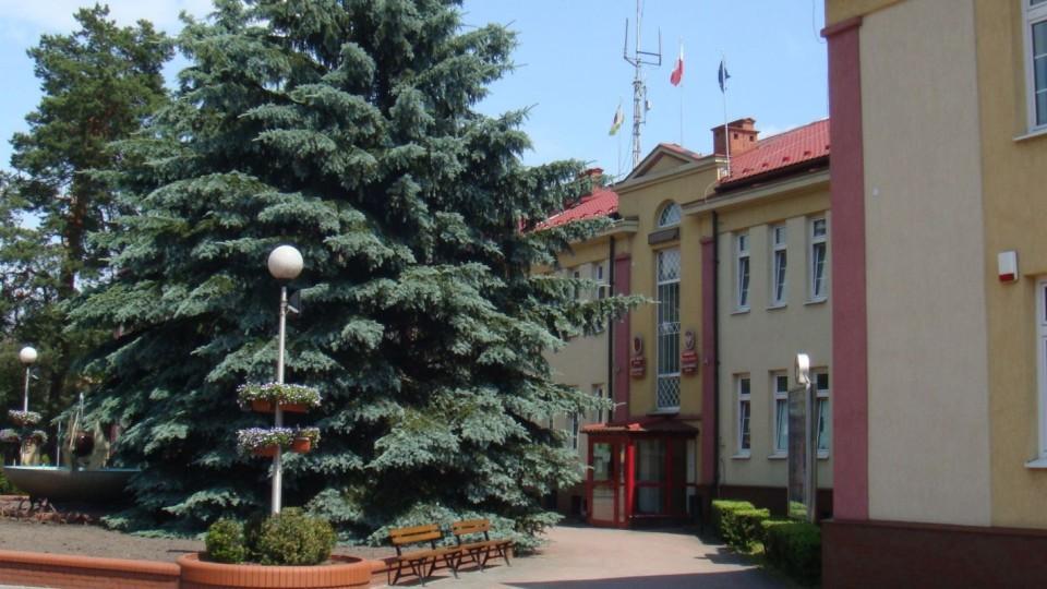 Nieoficjalne wyniki wyborów na burmistrza i radnych miejskich