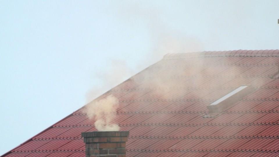 Kontrole urzędników w ramach dbałości o czyste powietrze